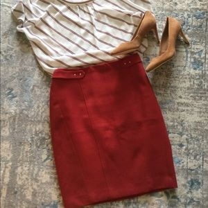 WHITE HOUSE BLACK MARKET PENCIL SKIRT RED SIZE 4